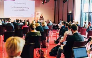 Fachtagung des DPhV: Demokratie und Klimadebatte